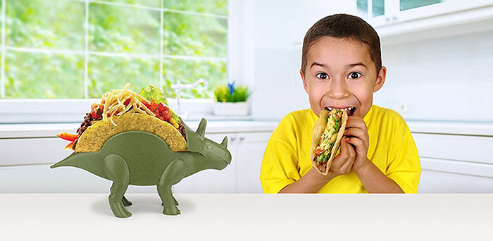 taco-holder-tricerataco-kidsfunwares-1