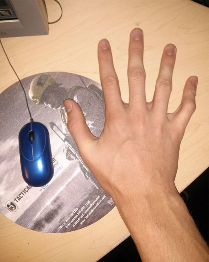 Tall People Problems: When Your Mouse Breaks And All You Can Use Is A