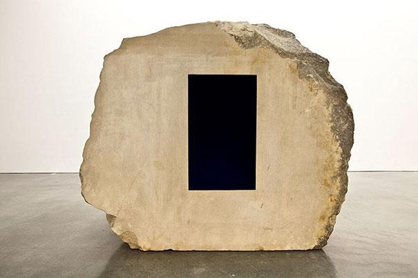 world-mattest-black-art-material-black2-stuart-semple-06