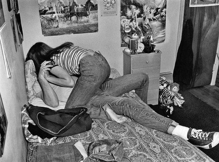 Nostalgic Portraits Of 1970s Rebel Youth Captured By High-school Teacher