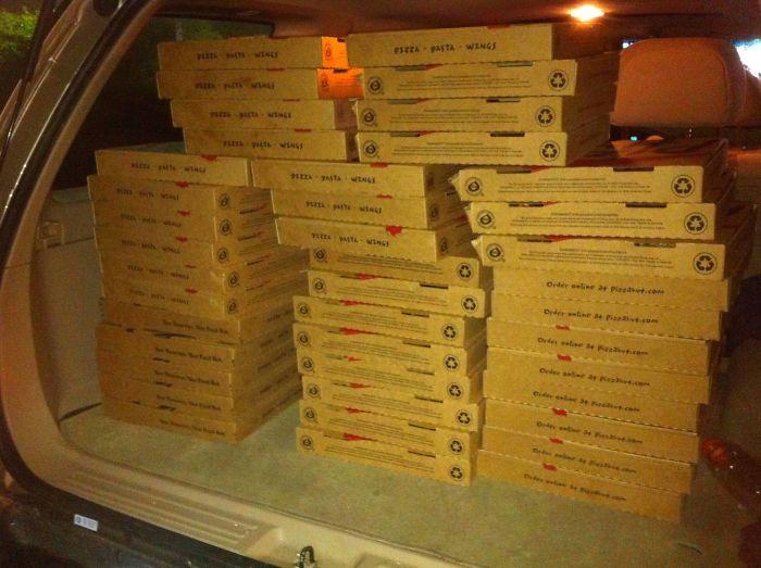 No vuelvo a pedir pizzas estando borracho
