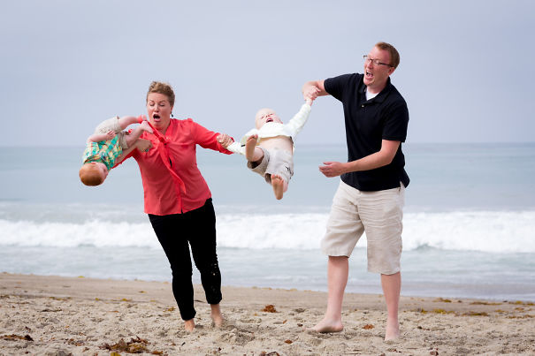 A While Back, We Tried To Take Family Photos At The Beach. The Results Were... Unexpected