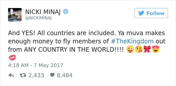Nicki Minaj Says She'll Pay Off Fans' College Tuition If They Have Good Grades, And Here's How People Reacted
