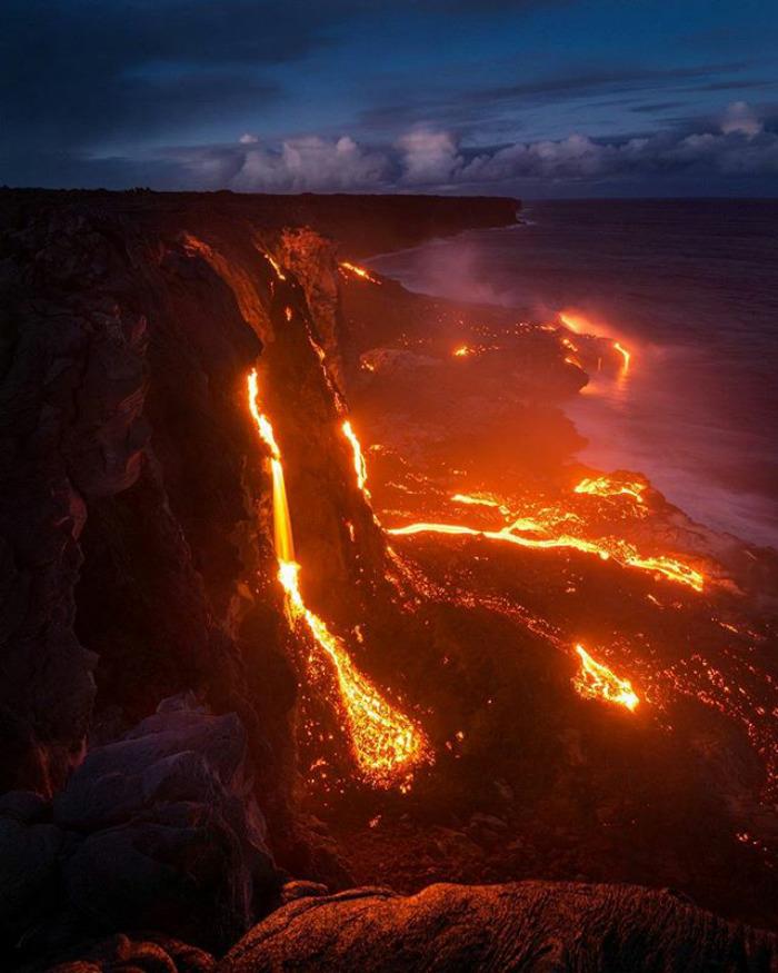 Cascada de lava en Hawai
