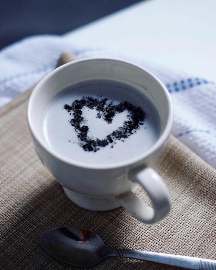 Black Charcoal Latte