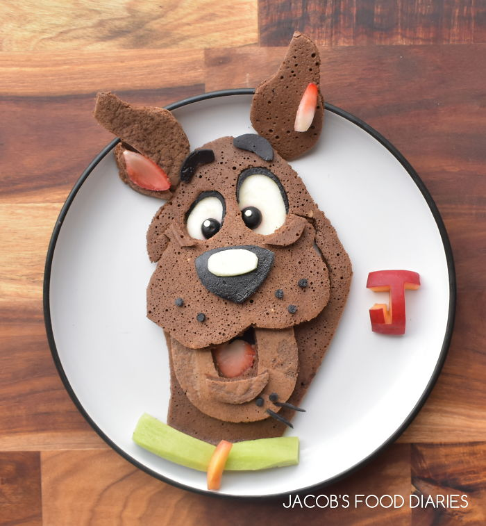 Scooby Doo Spelt Cocoa Pancakes With Fruit
