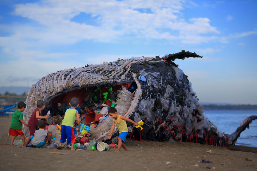 dead whale of the philippines reminds us that ocean pollution is getting out of control. Black Bedroom Furniture Sets. Home Design Ideas