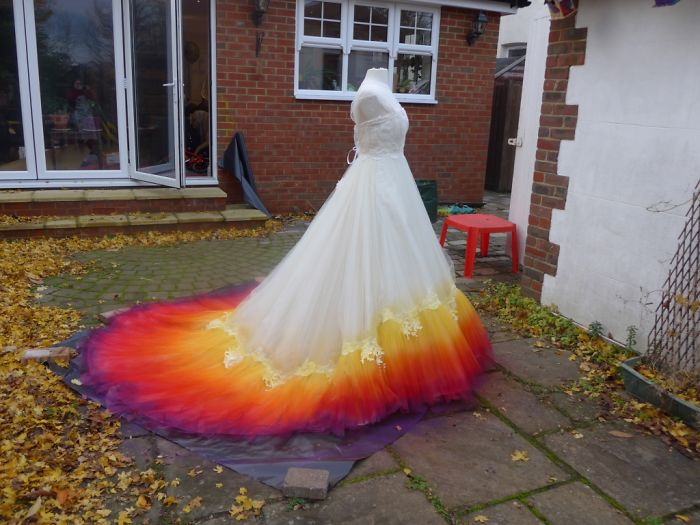 We spent 61 hours to create this incredible dipdye wedding dress so a sprayed a little yellow onto the lace and just above to fade the design properly junglespirit Images