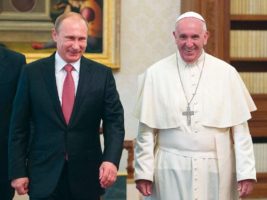 Pape_Poutine-5927559a3c261.jpg