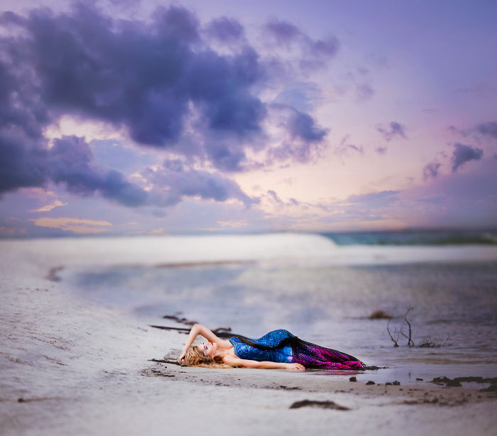 Photographer Takes Magical Mermaid Self-portrait Images