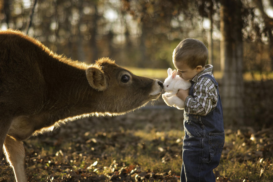What S Better Then Photos Of Cute Kids With Animals 20