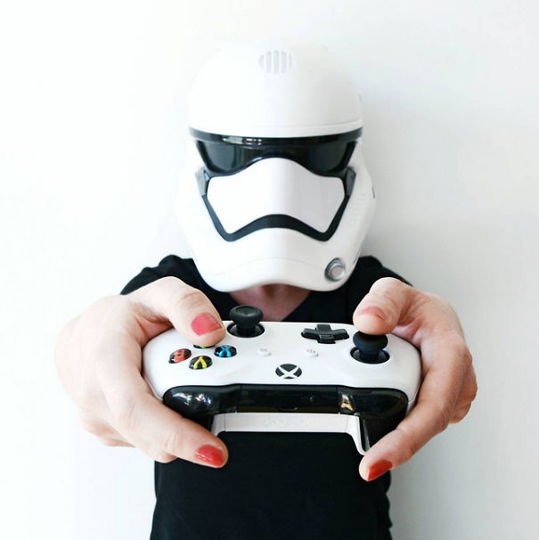 I Can't Wait For Playing Battlefront 2! Anyone Else Wants To Play It?