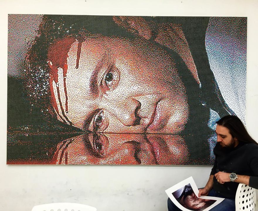 Turkish Artist Recreates Movie Scenes Using Thousands Of Small Colored Dots
