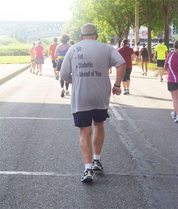 50 años, gordo, diabético y por delante de ti