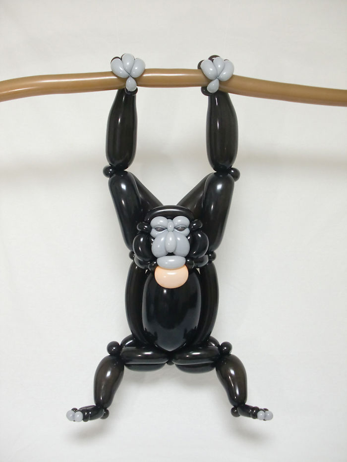 siamang figuras hechas con globos inflables