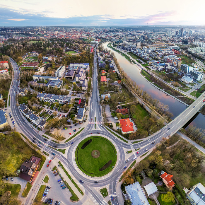 I Took Pictures Of All Roundabouts In Vilnius