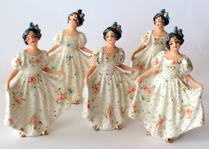 I Create Ceramic Dolls Inspired By Vintage Figurines