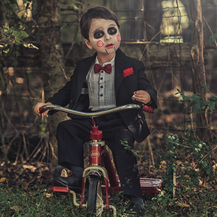 Mom Photographs Her Kids Inspired By Their Favorite Movies And Characters
