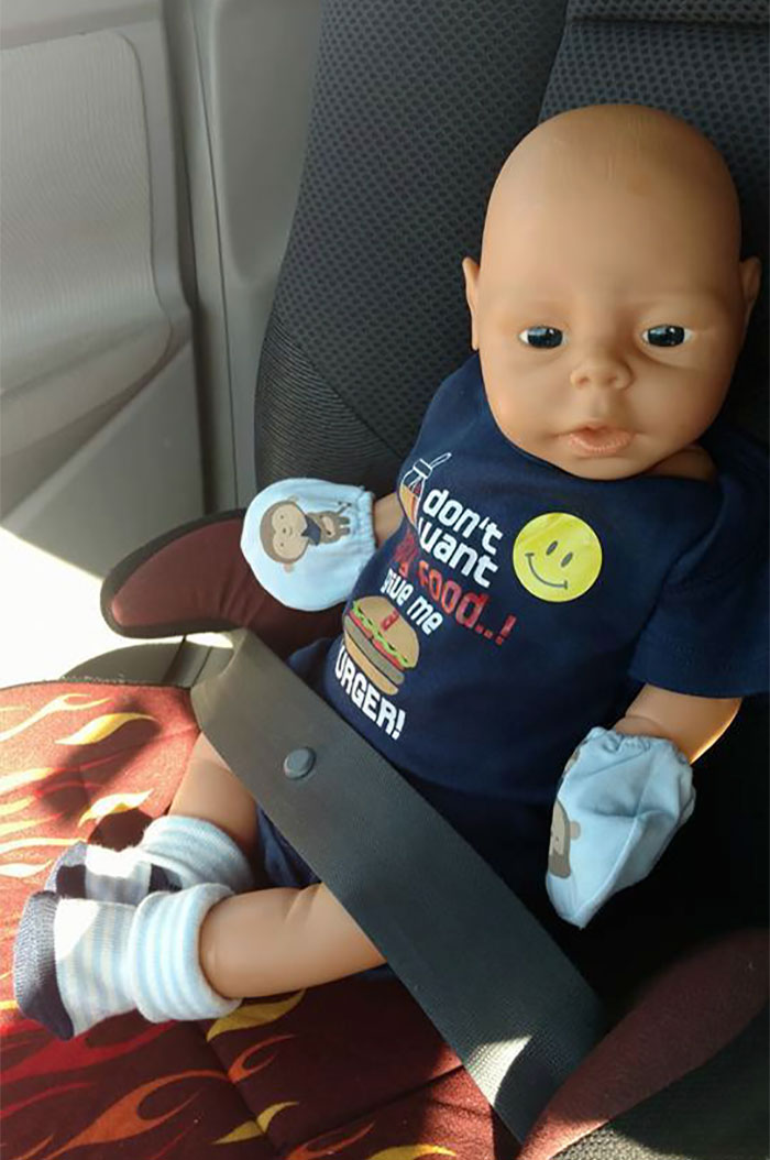 dad-buy-baby-doll-clothes-goodwill-store-14