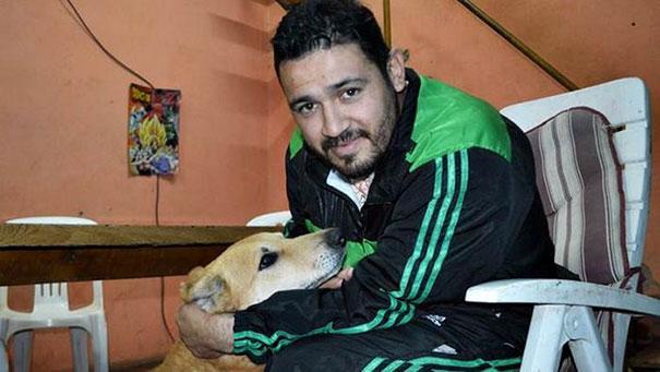 dog-refuses-leave-hugs-injured-owner-tony-argentina-6a