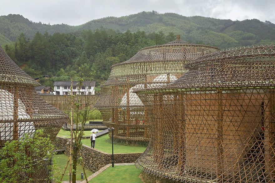 Չինաստանում անցկացվել է հնդկեղեգի ճարտարապետության՝ աշխարհում առաջին բիենալեն (լուսանկարներ)