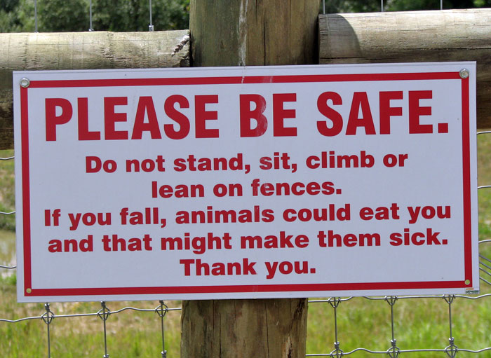 10+ Funny Zoo Signs Which Probably Have Some Incredible Stories Behind Them