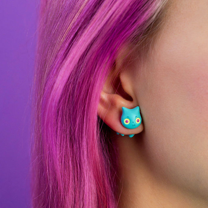 Demon Cat Earring