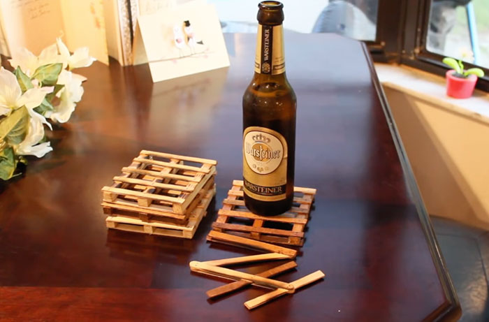 Cheap And Easy Pallet Coasters From Popsicle Sticks