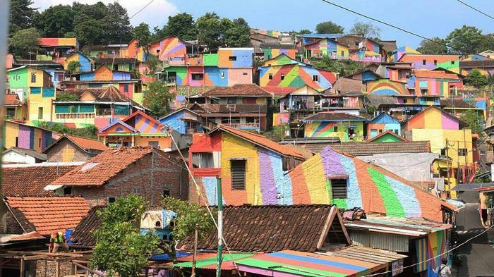 rainbow-village-kampung-pelangi-indonesia- (14)
