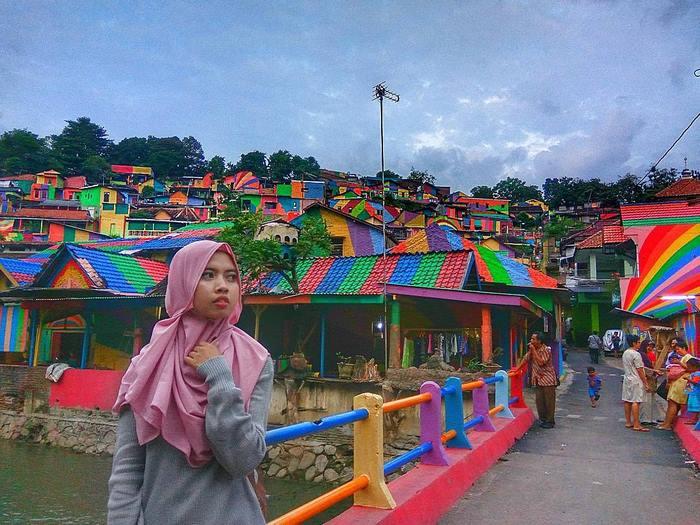 rainbow-village-kampung-pelangi-indonesia- (8)