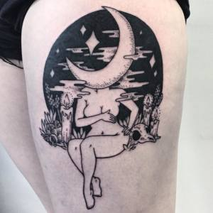 10+ Weirdly Wonderful Tattoos Of Headless Girls By Molly Jean