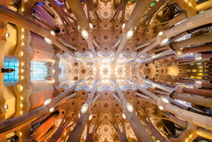 10 Best Spots In Barcelona To Look Up