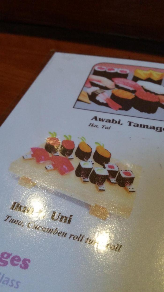 Este restaurante puso accidentalmente fotos de USBs en forma de sushi en su menú