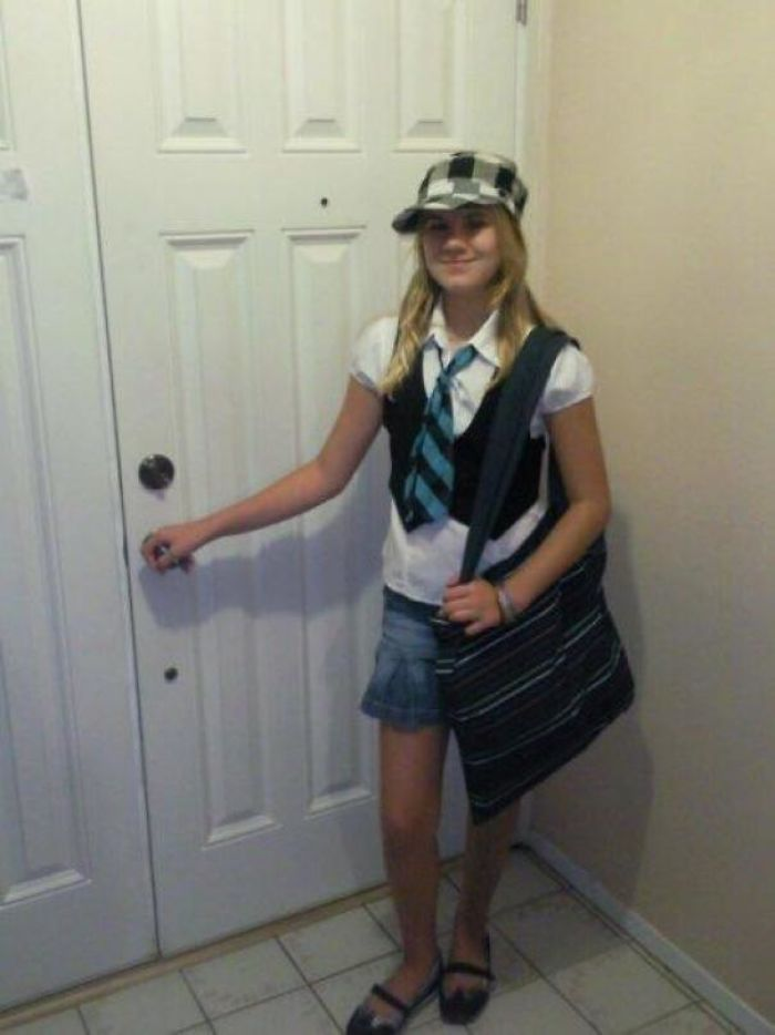 Me Going To School After Seeing High School Musical For The First Time (2007 Ish)