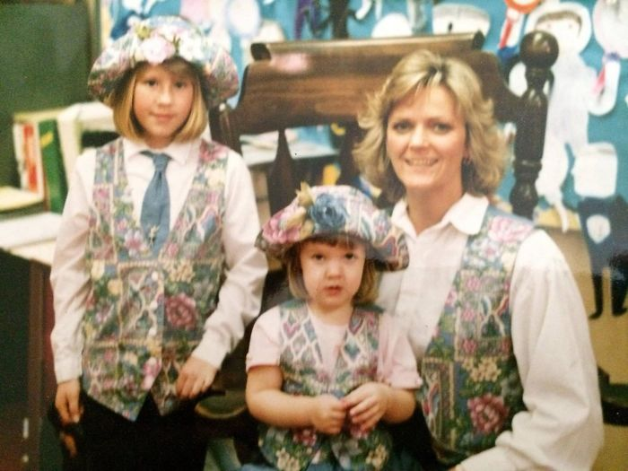 My Mom Made Matching Outfits For Me, My Fourth Grade Teacher, And Her Daughter