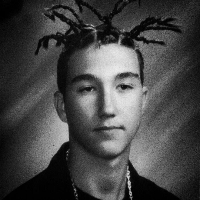 """When My Daughter Asks Why She Can't Wear Things She Thinks Are """"Cool"""", I Show Her This Photo From My Freshmen Year In Highschool"""