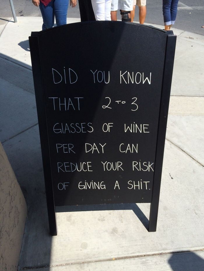 Sign Outside A Wine Tasting Bar In Napa