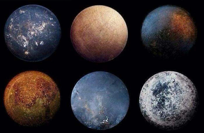 Staré pánvičky vypadají zespoda jako planety