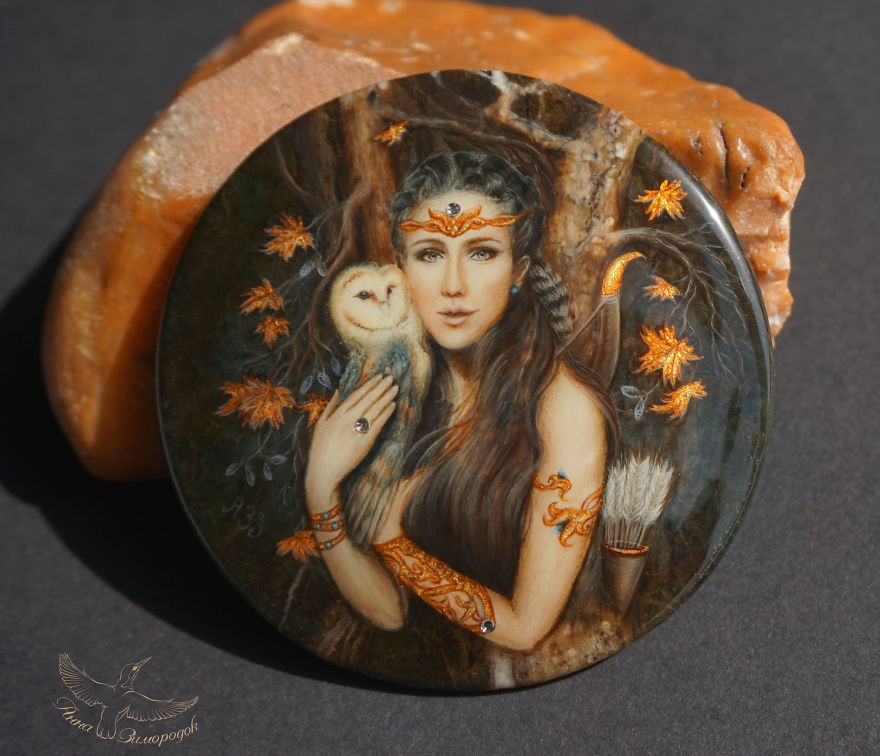 Art Of Miniature Lacquer Painting By Anna Zimorodok