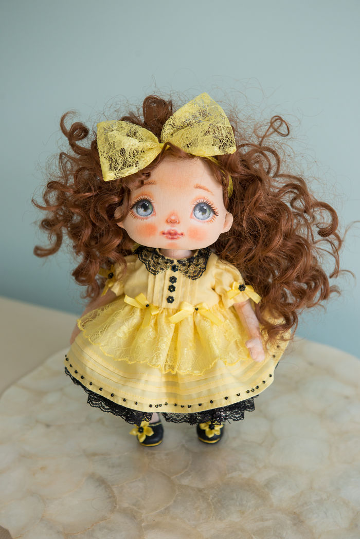 I Create One-of-a-kind Dolls By Sewing Them And Handpainting Their Faces (part 2)