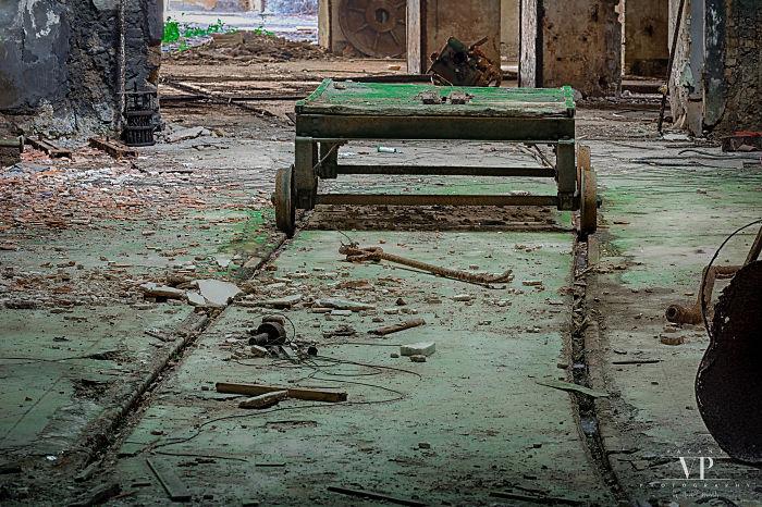 I Photographed This Beautiful Abandoned Powerplant