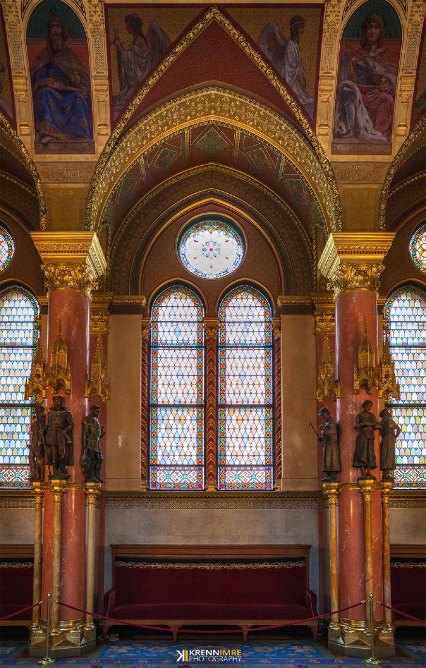 Pillar And Window Ornaments