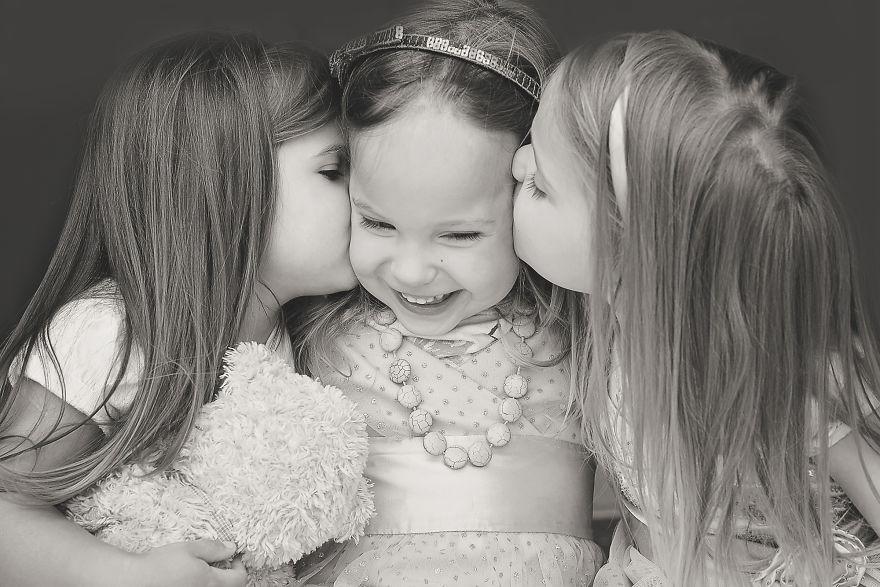 Raising Triplet Girls