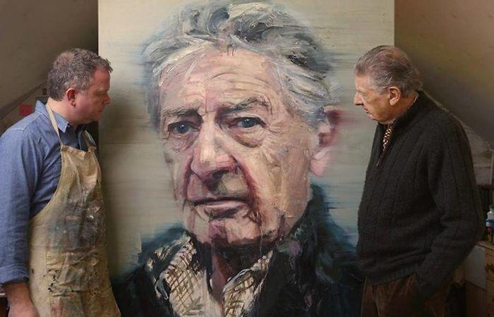 Artist Makes Realistic Paintings Of Celebrities