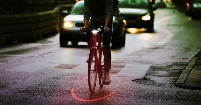 bicycle-safety-ring-red-light-bikesphere-michelin-1