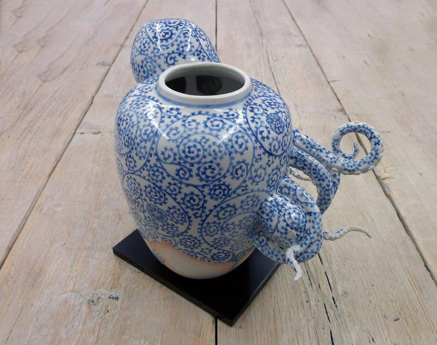 ceramic-pot-octopus-kitsch-kogei-keiko-masumoto-09