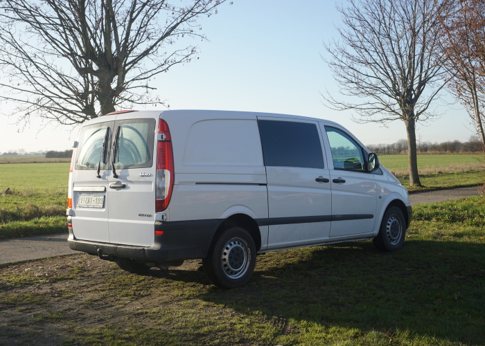 Instead Of Buying A House We Bought A Mercedes Vito And Converted It To Our Rolling Home