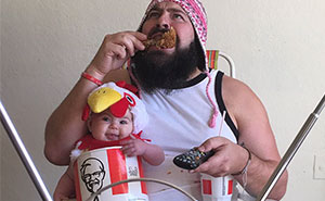 Dad Takes Hilarious Pics With His Baby Girl In Costumes And They're Just Too Adorable