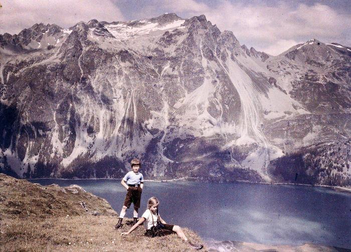 Heinz And Eva On The Hillside, 1925