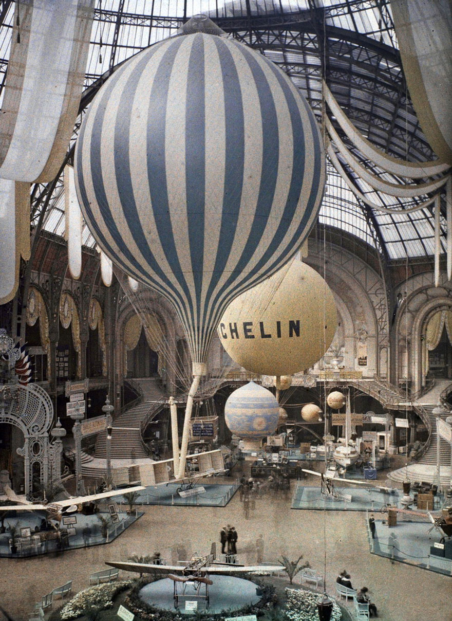 Air Balloons, Paris, 1914